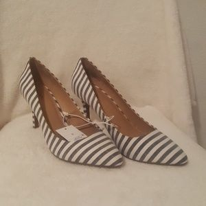🛍Flash Sale Merona Heels Size 9.5